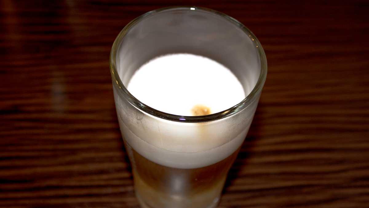 Latte-Macchiato-Rezept---Laktosefrei-&-Vegan-2